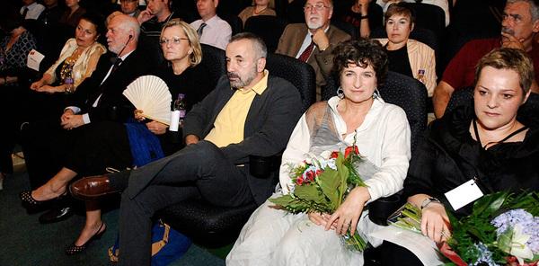 Otvaranje 1. JFF-a - direktorica UK JFF-a Judy Ironside s Natašom Popović