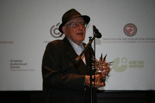 Branko Lustig with the Lifetime Achievement Award